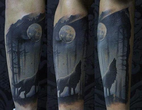 Hình xăm chó sói hú trăng
