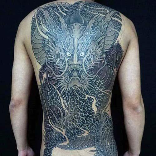 Hình xăm full lưng Nhật cổ
