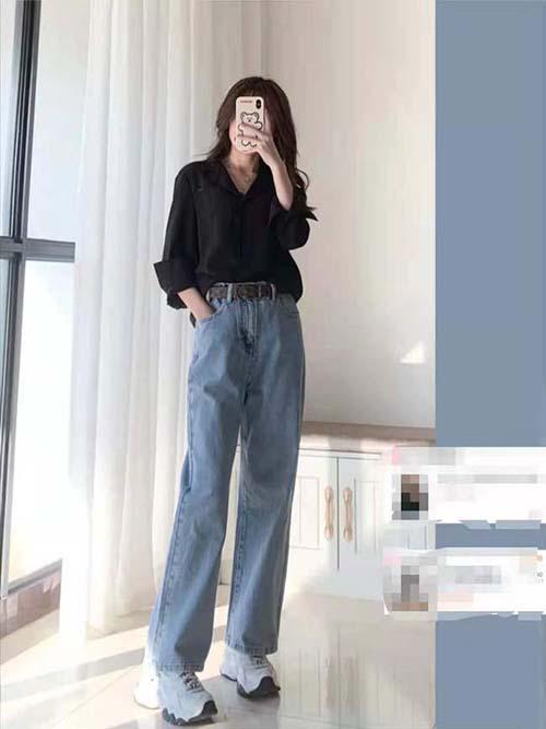 Quần jean ống rộng phối với áo và giày gì