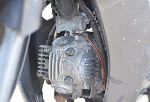 Tại sao trên xe máy ít sử dụng phương án làm mát bằng nước?